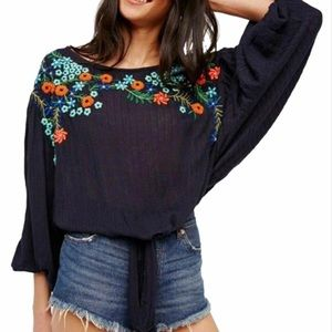 FREE PEOPLE  Boho Floral embroidered blouse.